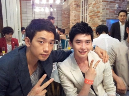 11-07-25-rain-with-lee-jong-suk-flight-close-to-the-sun-cast