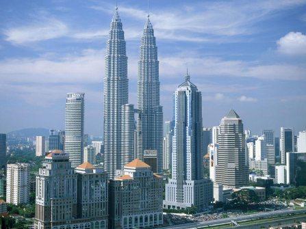 Petronas Twin Towers. Image credit: tourists360.com