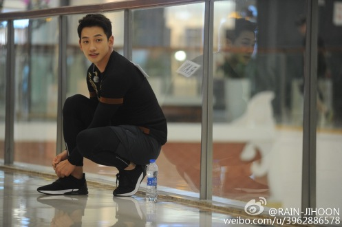 18 images][full ep][8 clips] Watch Rain guest-star on Zhejiang TV's